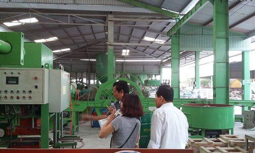 Máy sản xuất gạch TP 15